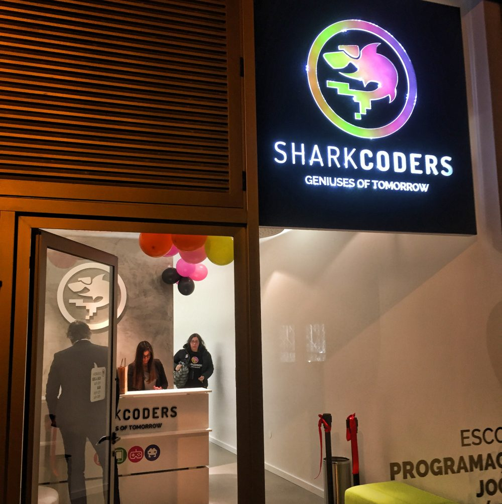 SHARKCODERS - Escola